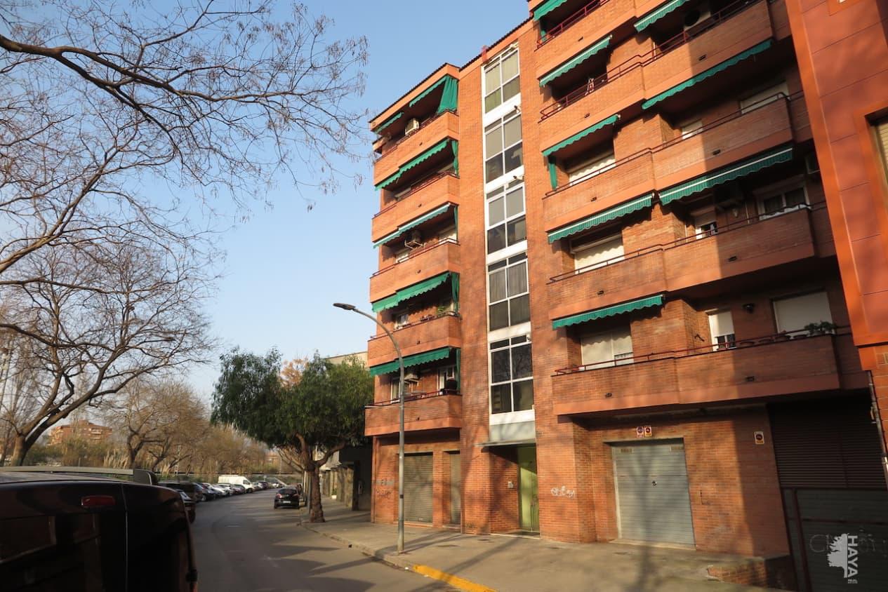 Piso en venta en Canovelles, Barcelona, Calle Sant Eudald, 94.500 €, 4 habitaciones, 1 baño, 85 m2
