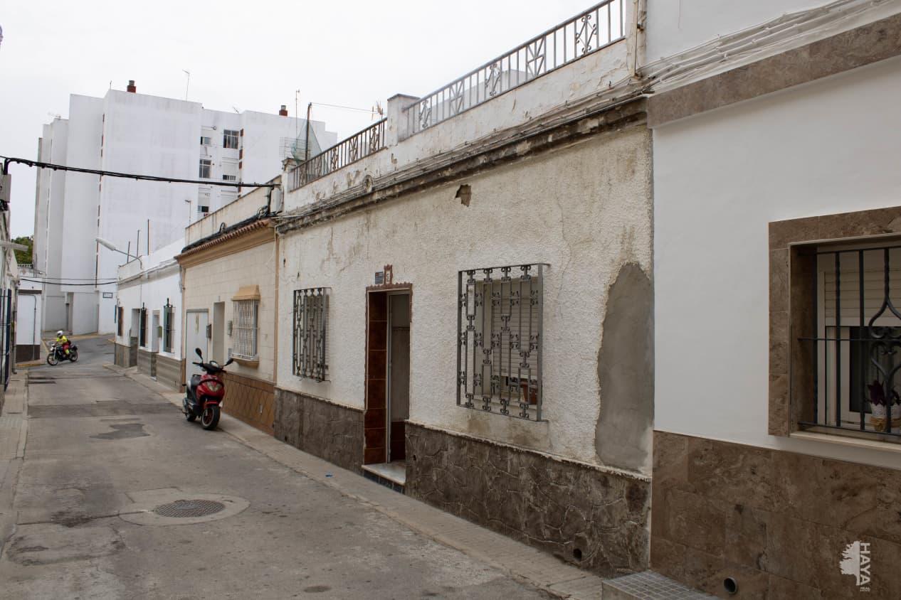 Piso en venta en Chiclana de la Frontera, Cádiz, Calle Guatemala, 57.000 €, 4 habitaciones, 2 baños, 103 m2