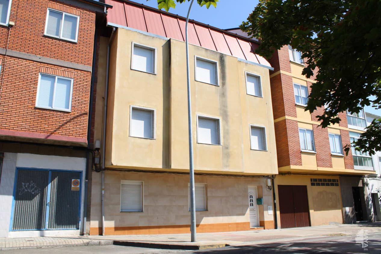 Casa en venta en Flores del Sil, Ponferrada, León, Calle Cadiz, 149.100 €, 1 baño, 240 m2