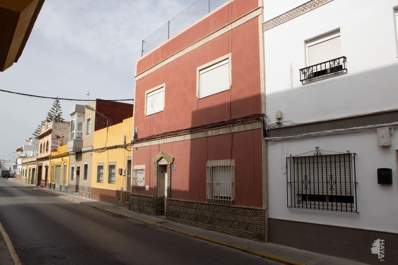 Casa en venta en Chiclana de la Frontera, Cádiz, Callejón Naveritos, 116.200 €, 3 habitaciones, 2 baños, 115 m2