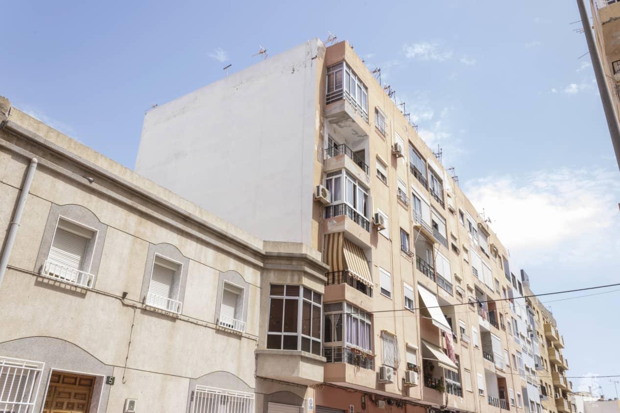 Piso en venta en El Zapillo, Almería, Almería, Calle Rodrigo Vivas Miras, 45.700 €, 3 habitaciones, 1 baño, 67 m2