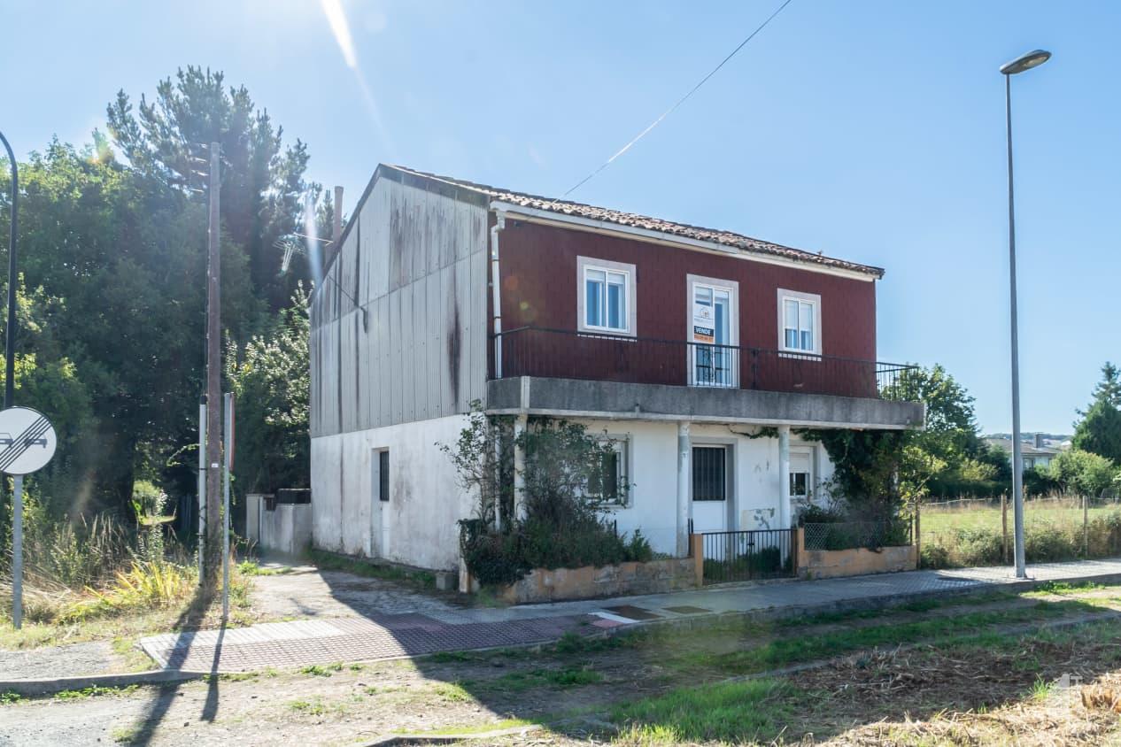 Casa en venta en Estacion de Lalín, Lalín, Pontevedra, Calle Carragoso de Abaixo-lalin, 105.000 €, 7 habitaciones, 2 baños, 140 m2