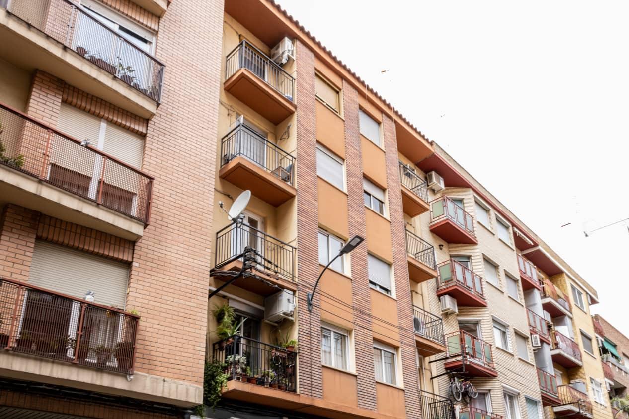Piso en venta en Delicias, Zaragoza, Zaragoza, Calle Alonso de Aragon, 97.700 €, 3 habitaciones, 1 baño, 88 m2