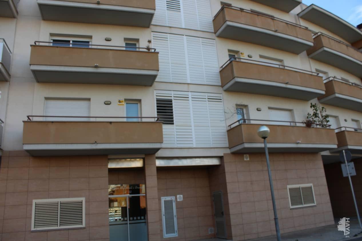 Piso en venta en El Tancat, El Vendrell, Tarragona, Calle Cesar Martinell I Brunet (de), 84.000 €, 3 habitaciones, 1 baño, 88 m2