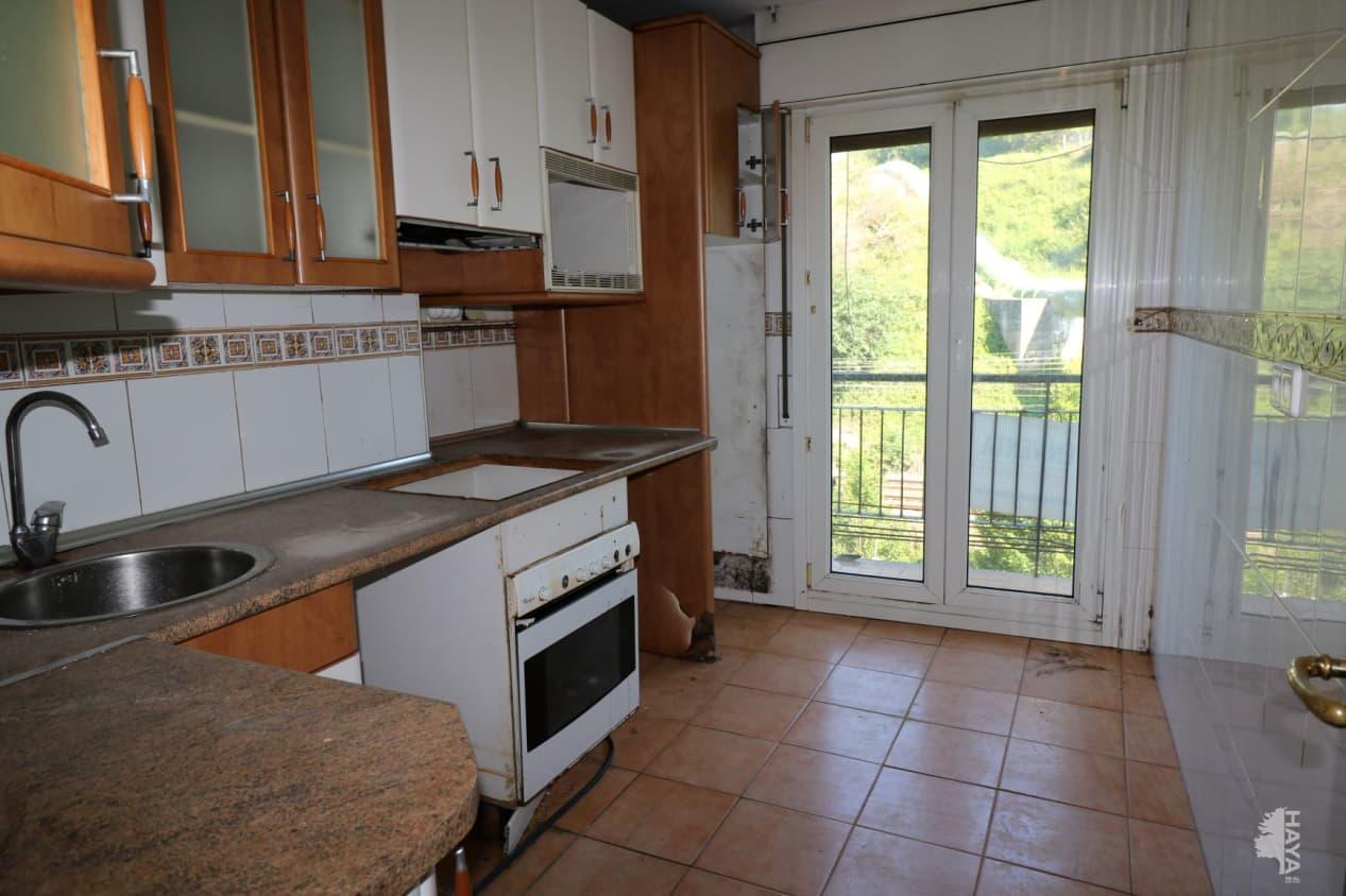 Piso en venta en Arrigorriaga, Vizcaya, Avenida Aixarte, 153.000 €, 3 habitaciones, 1 baño, 83 m2