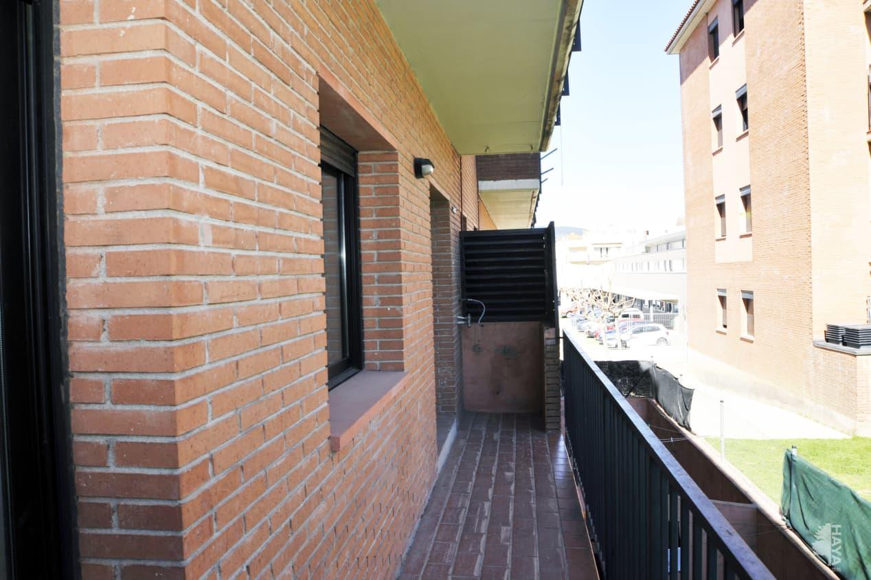 Piso en venta en Mas de L`esquerrà, la Jonquera, Girona, Calle Lluis Companys, 73.000 €, 2 habitaciones, 1 baño, 66 m2