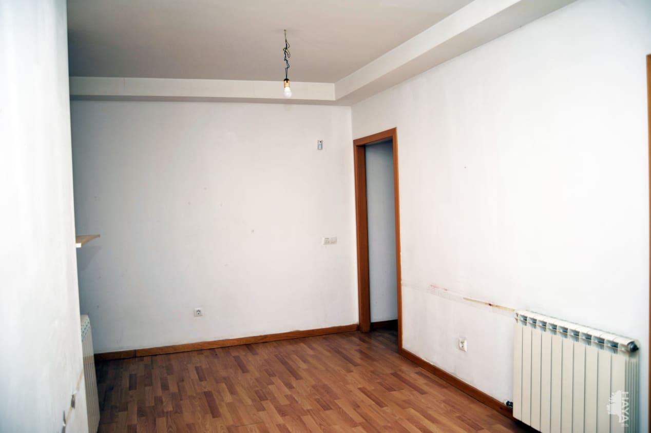 Piso en venta en Mas de L`esquerrà, la Jonquera, Girona, Calle Lluis Companys, 68.600 €, 2 habitaciones, 1 baño, 62 m2