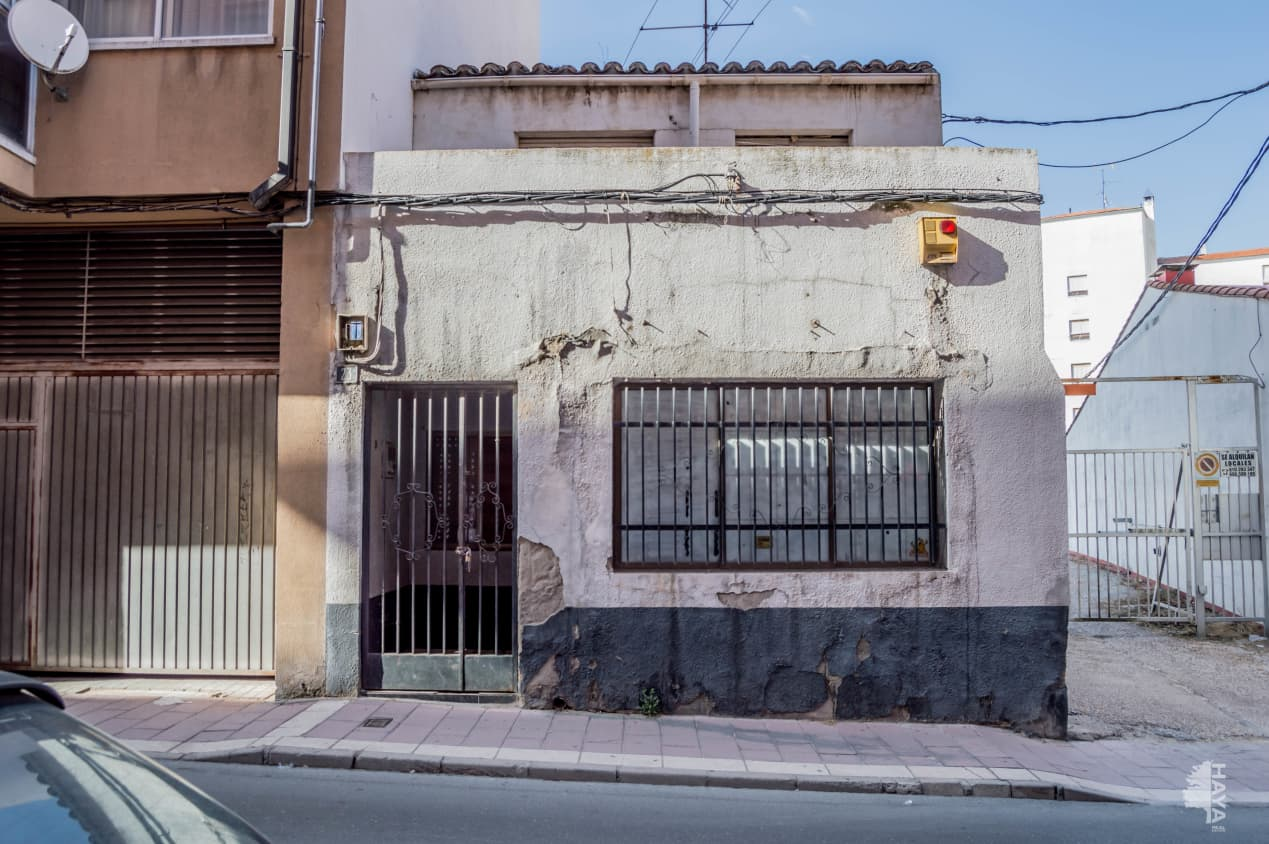 Casa en venta en Centro, Medina del Campo, Valladolid, Calle Villanueva, 39.900 €, 2 habitaciones, 2 baños, 90 m2