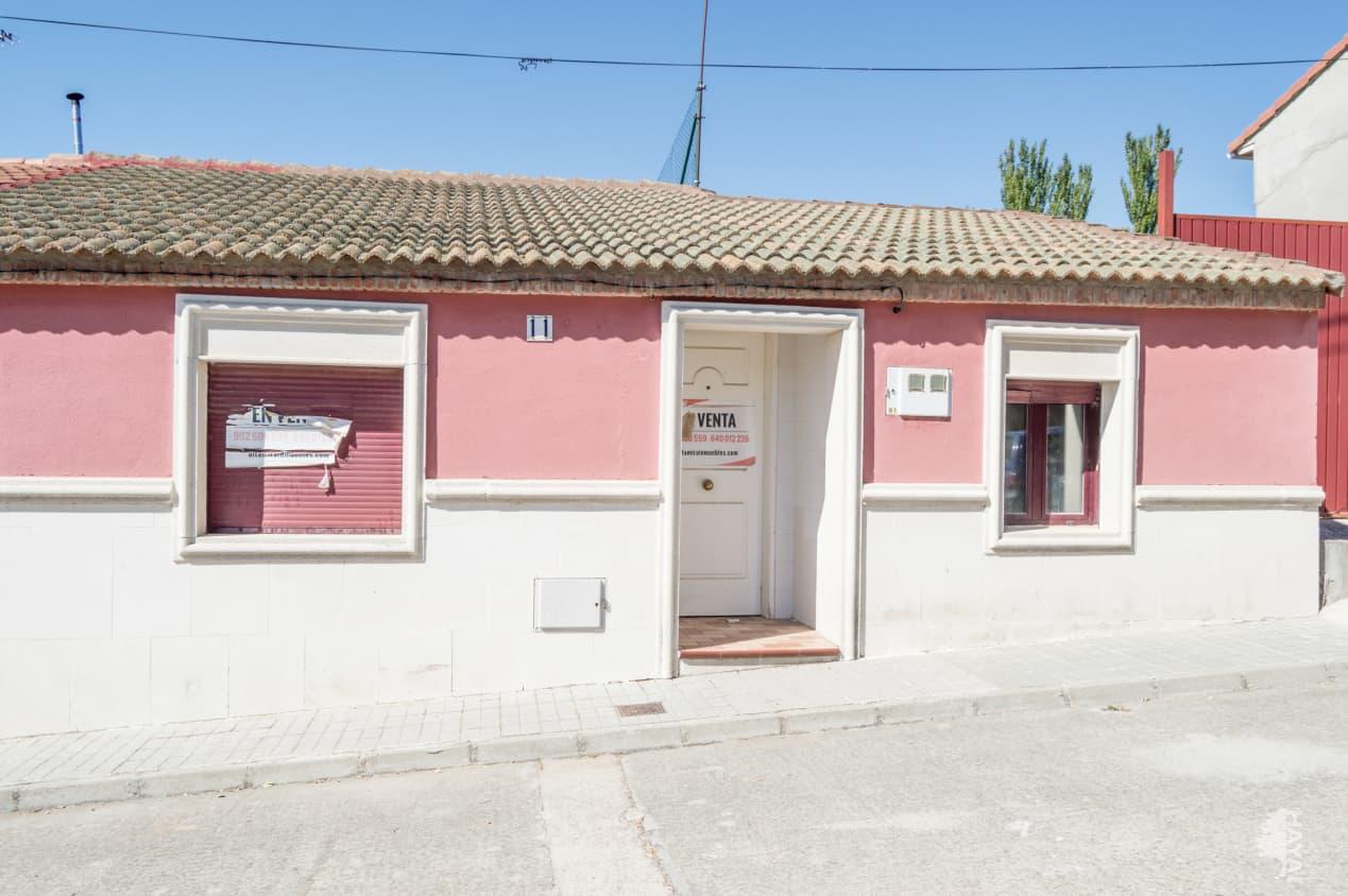 Casa en venta en Rubí de Bracamonte, Rubí de Bracamonte, Valladolid, Calle El Pozo, 46.300 €, 2 habitaciones, 1 baño, 190 m2