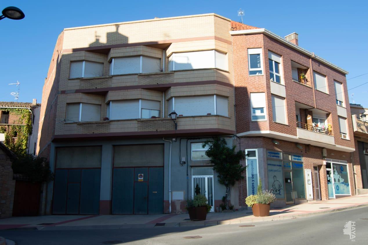 Piso en venta en Villamediana de Iregua, La Rioja, Calle Alberite, 106.700 €, 3 habitaciones, 2 baños, 99 m2