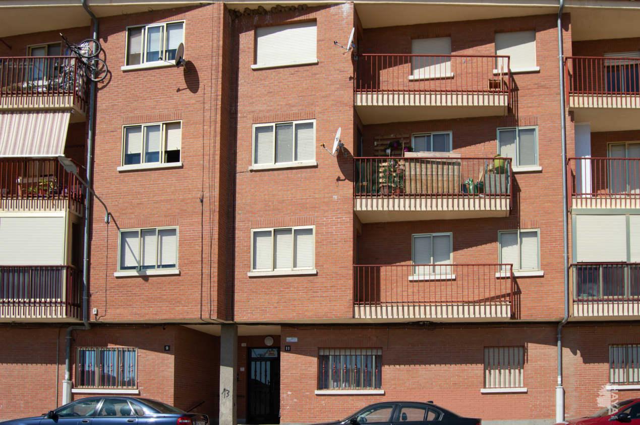 Piso en venta en Signo Xxv, Santa Marta de Tormes, Salamanca, Paseo Juan Xxiii, 73.700 €, 3 habitaciones, 2 baños, 94 m2