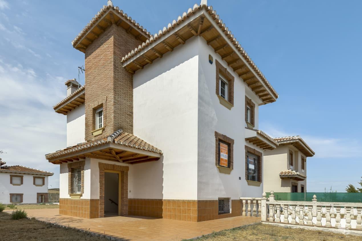 Casa en venta en Otura, Granada, Calle Alerce, 245.000 €, 4 habitaciones, 3 baños, 249 m2
