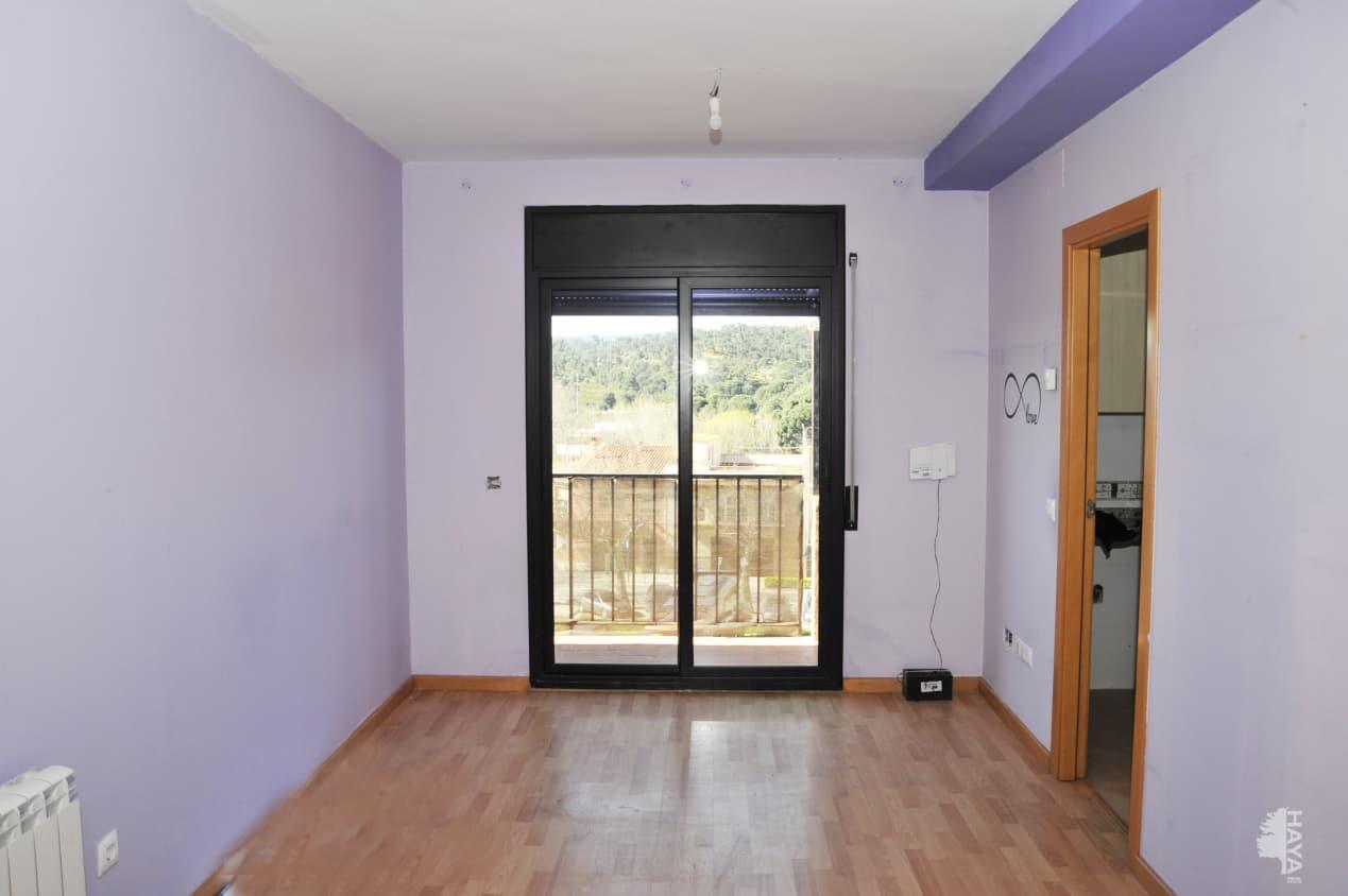 Piso en venta en Mas de L`esquerrà, la Jonquera, Girona, Calle Lluis Companys, 69.700 €, 2 habitaciones, 1 baño, 63 m2