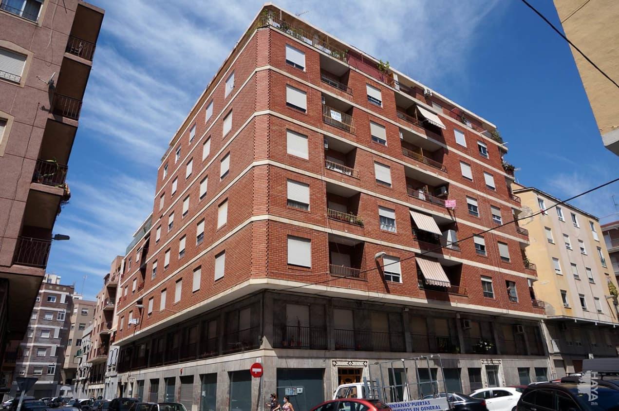 Piso en venta en Carrús Est, Elche/elx, Alicante, Avenida Ausias March, 76.600 €, 3 habitaciones, 1 baño, 116 m2