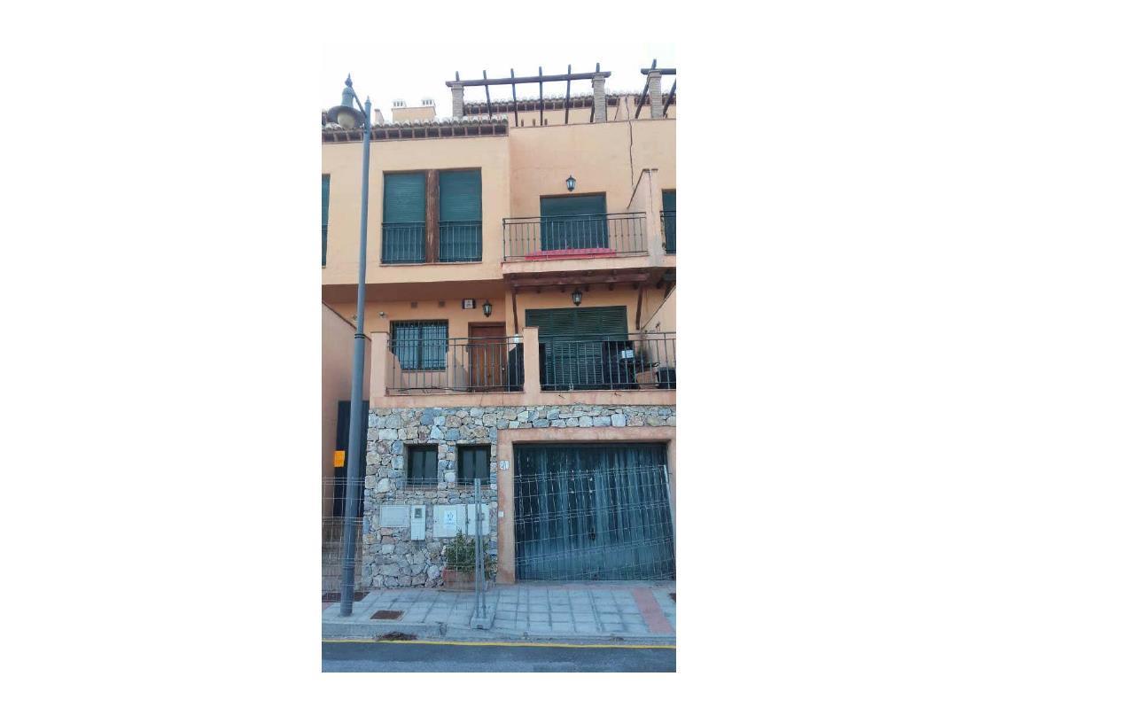 Casa en venta en La Herradura, Almuñécar, Granada, Urbanización Carmenes del Mar (el Balcon Ii), 206.400 €, 3 habitaciones, 2 baños, 164 m2