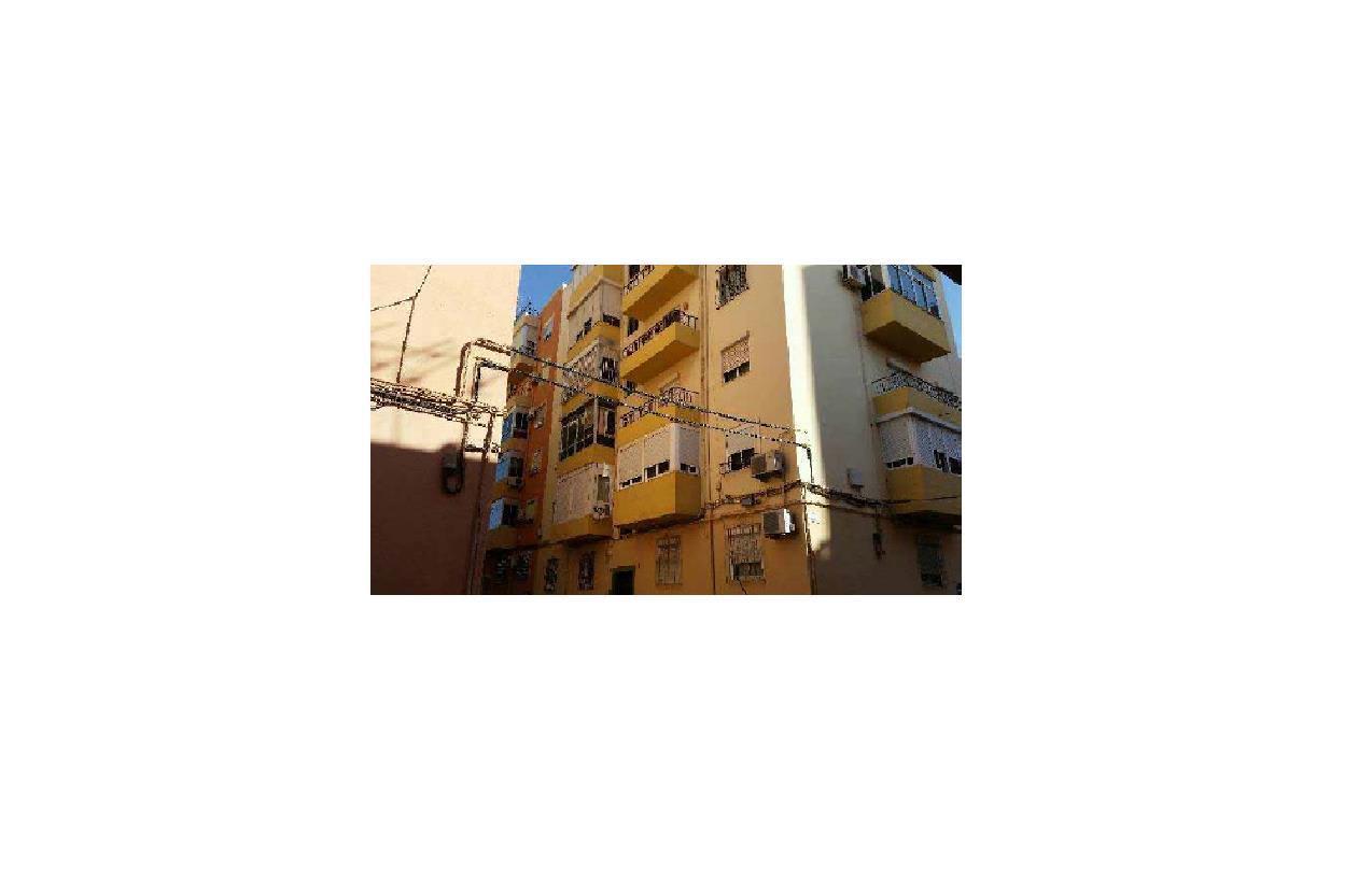 Piso en venta en Los Molinos, Almería, Almería, Calle Gezabel, 40.000 €, 3 habitaciones, 1 baño, 74 m2