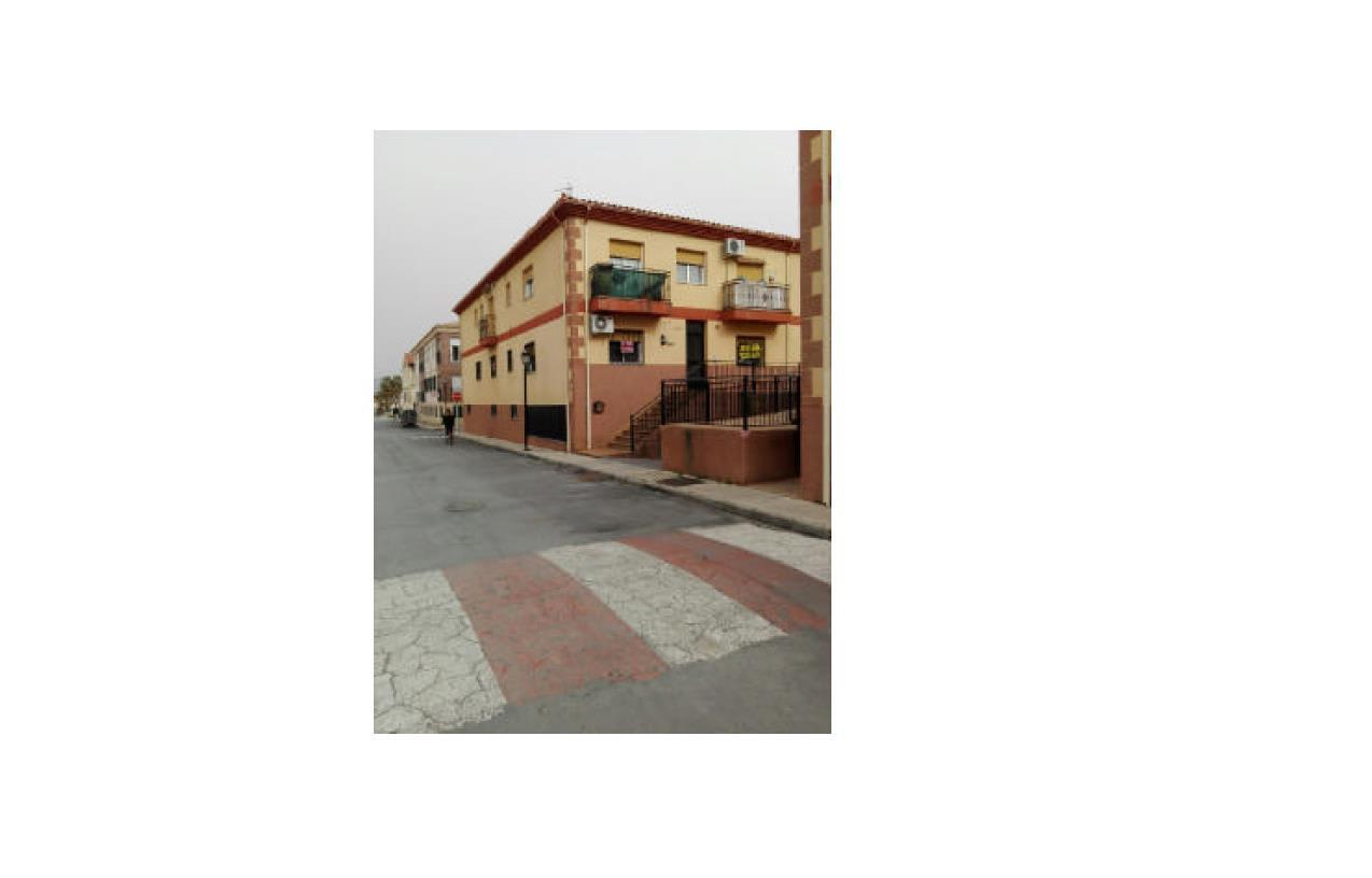 Piso en venta en Cijuela, Cijuela, Granada, Avenida Andalucia, 63.500 €, 3 habitaciones, 1 baño, 81 m2