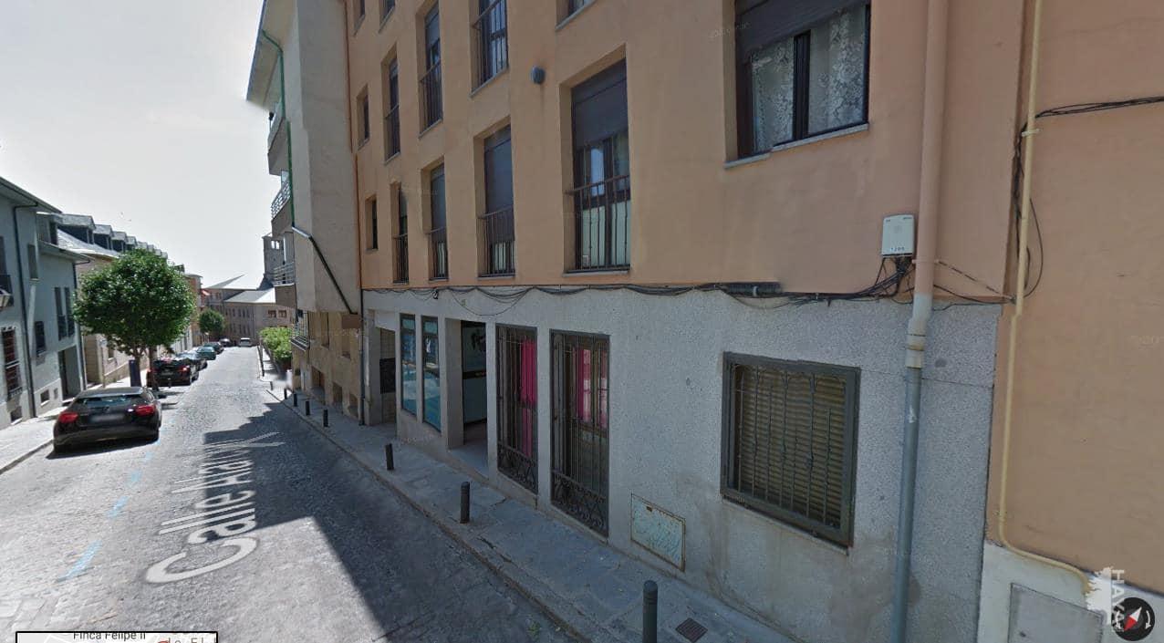 Local en venta en San Lorenzo de El Escorial, Madrid, Calle Alarcon, 66.700 €, 58 m2