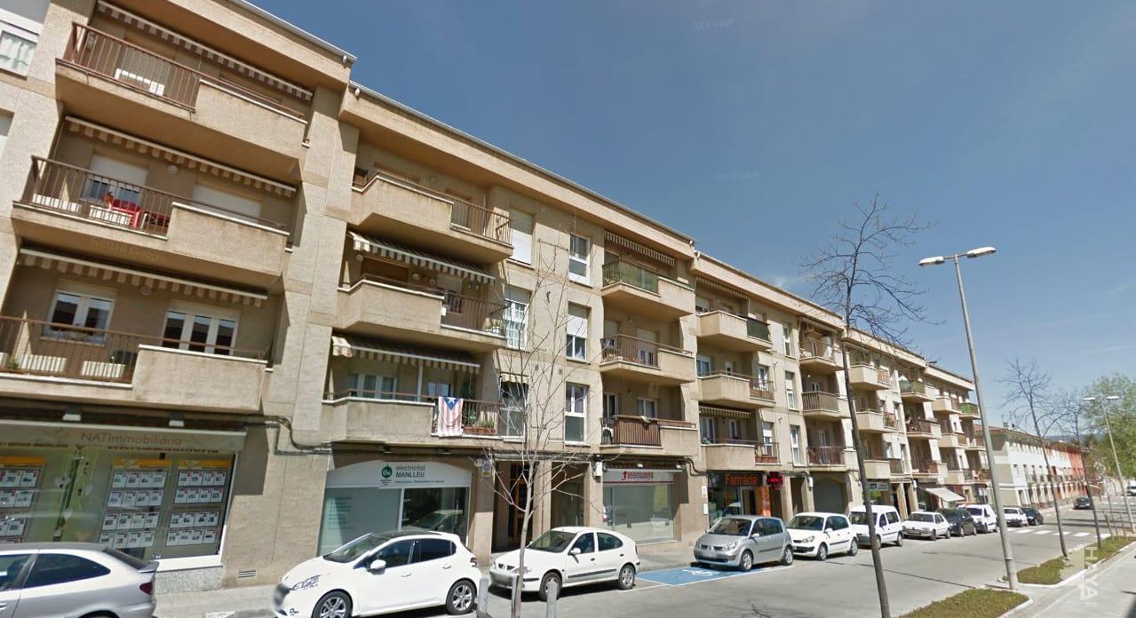 Piso en venta en La Moreta, Manlleu, Barcelona, Avenida Roma, 92.300 €, 3 habitaciones, 1 baño, 106 m2