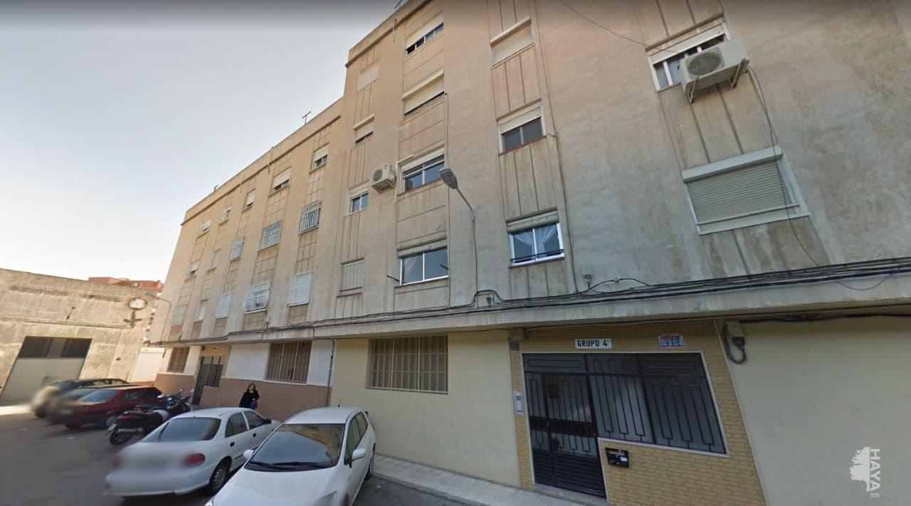 Piso en venta en San Luis, Almería, Almería, Calle Cañaveral, 42.000 €, 3 habitaciones, 1 baño, 76 m2