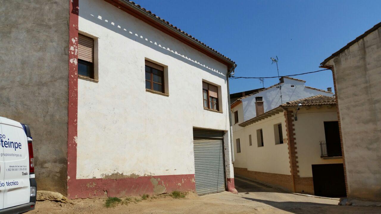 Casa en venta en Almunia de San Juan, Huesca, Calle Goya, 83.500 €, 5 habitaciones, 2 baños, 498 m2