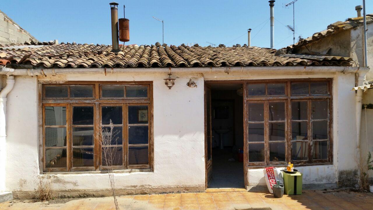 Casa en venta en Casa en Almunia de San Juan, Huesca, 83.500 €, 5 habitaciones, 2 baños, 498 m2, Garaje