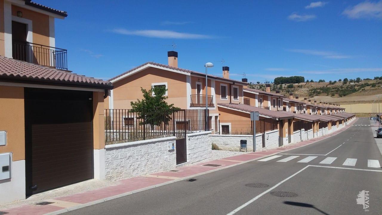 Casa en venta en Urbanización Ciudad de la Juventud, Fuensaldaña, Valladolid, Calle Tempranillo, 113.000 €, 4 habitaciones, 3 baños, 151 m2