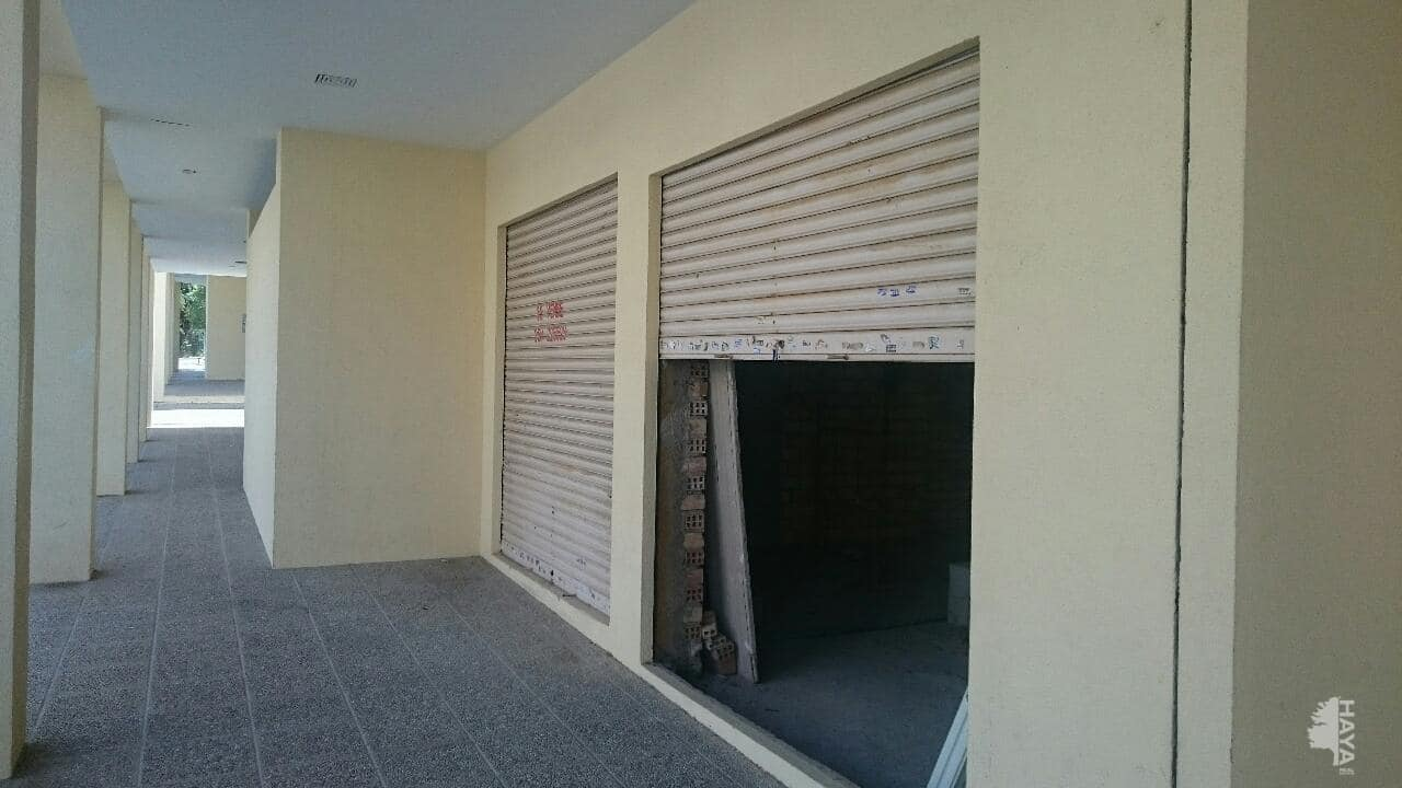 Local en venta en Granada, Granada, Avenida de los Neveros, 78.000 €, 110 m2
