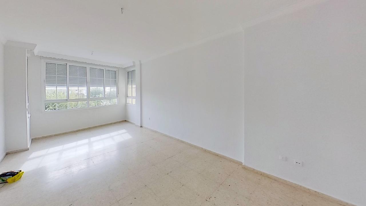 Piso en venta en Punta Umbría, Huelva, Plaza de los Marineros, 101.000 €, 4 habitaciones, 2 baños, 113 m2