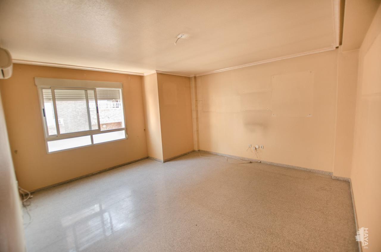 Piso en venta en Crevillent, Alicante, Calle Joan de Joanes, 63.000 €, 2 habitaciones, 1 baño, 77 m2