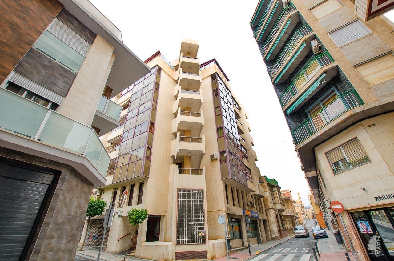 Piso en venta en Crevillent, Alicante, Calle Sant Sebastia, 102.300 €, 5 habitaciones, 2 baños, 160 m2