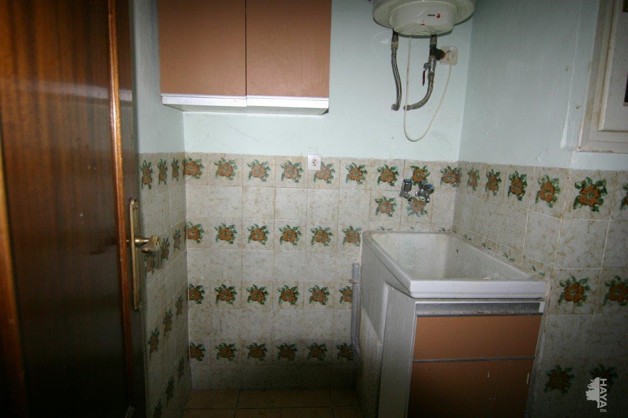 Piso en venta en Can Pesseta, Torelló, Barcelona, Calle Curull (el), 72.900 €, 2 habitaciones, 1 baño, 80 m2