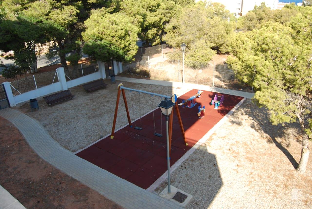 Piso en venta en Piso en Garrucha, Almería, 91.100 €, 2 habitaciones, 2 baños, 72 m2