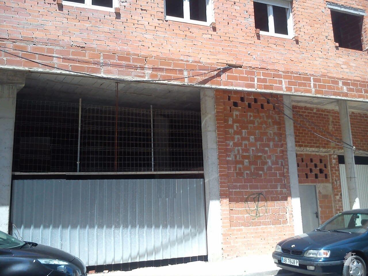 Piso en venta en La Roda, la Roda, Albacete, Calle Juan Garcia Glz, 46.700 €, 1 habitación, 1 baño, 107 m2