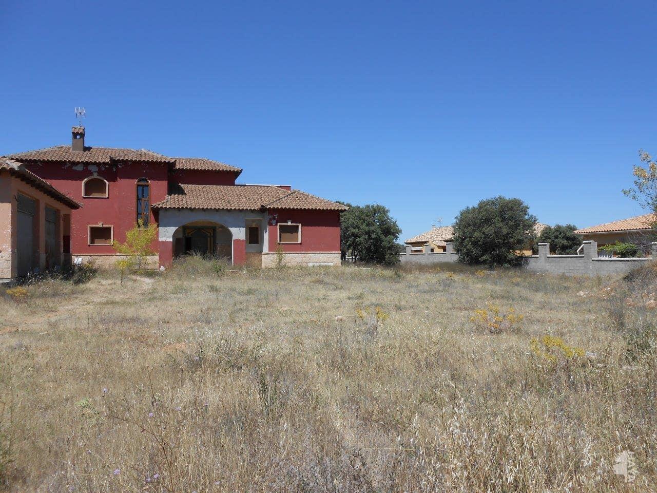 Casa en venta en Pioz, Guadalajara, Calle Rio Ebro, 250.500 €, 5 habitaciones, 3 baños, 436 m2