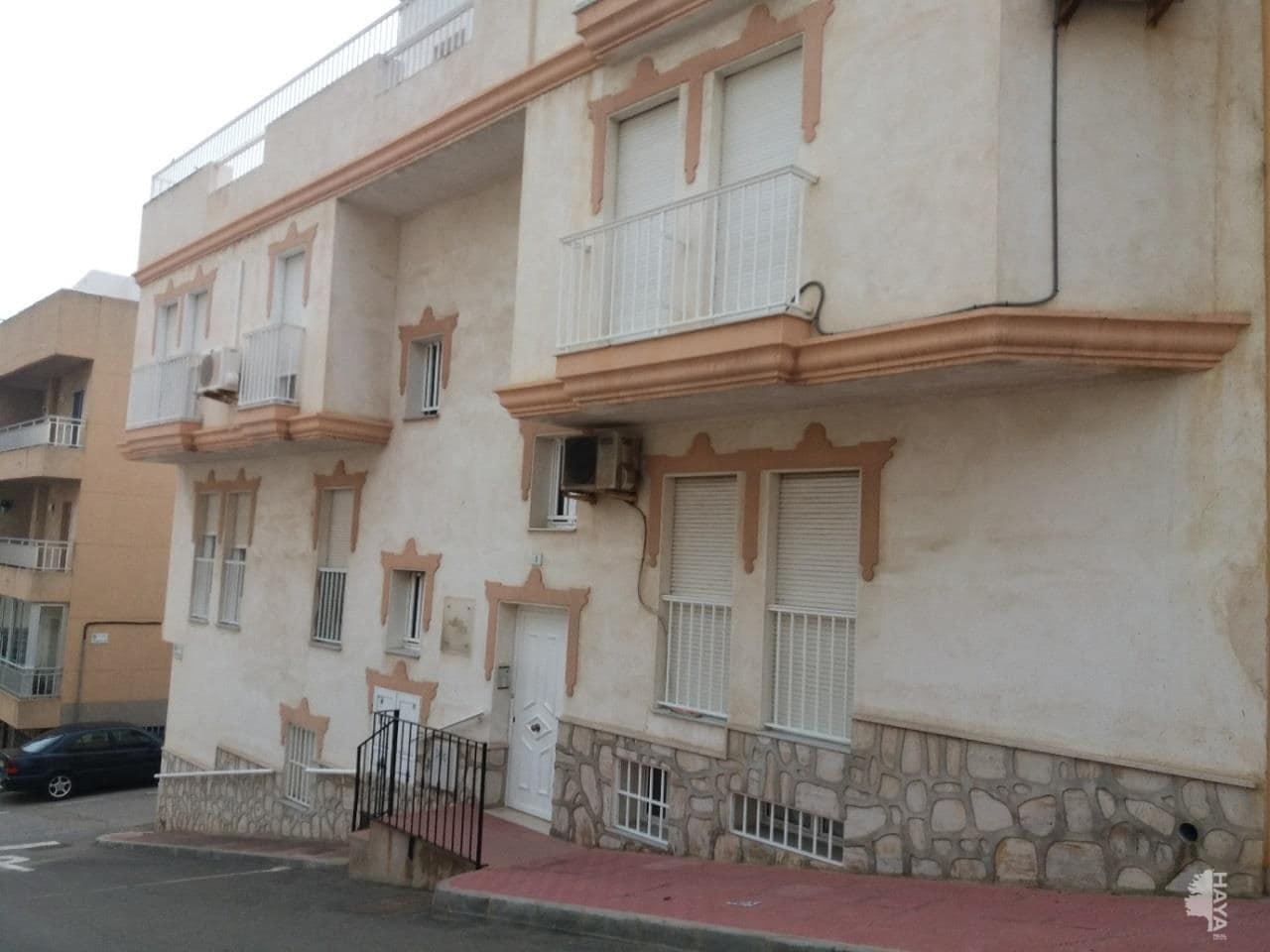 Piso en venta en Garrucha, Garrucha, Almería, Calle Rivera, 119.032 €, 3 habitaciones, 1 baño, 105 m2