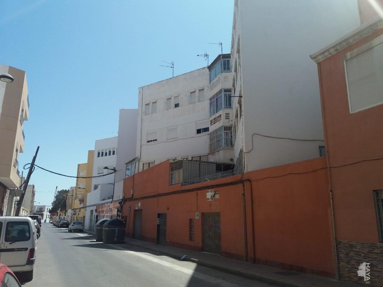 Piso en venta en Los Molinos, Almería, Almería, Carretera del Mami, 62.580 €, 3 habitaciones, 2 baños, 92 m2