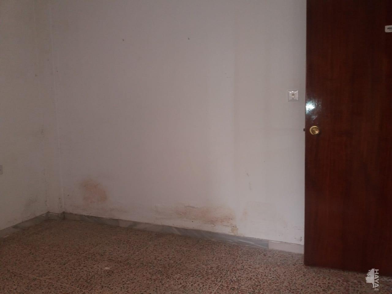 Piso en venta en Almedina, Almería, Almería, Calle Jimenez, 77.805 €, 3 habitaciones, 1 baño, 92 m2
