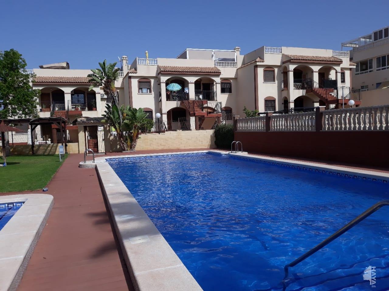 Piso en venta en Torrevieja, Alicante, Calle Asoc Victimas Terrorismo, 73.000 €, 1 baño, 98 m2