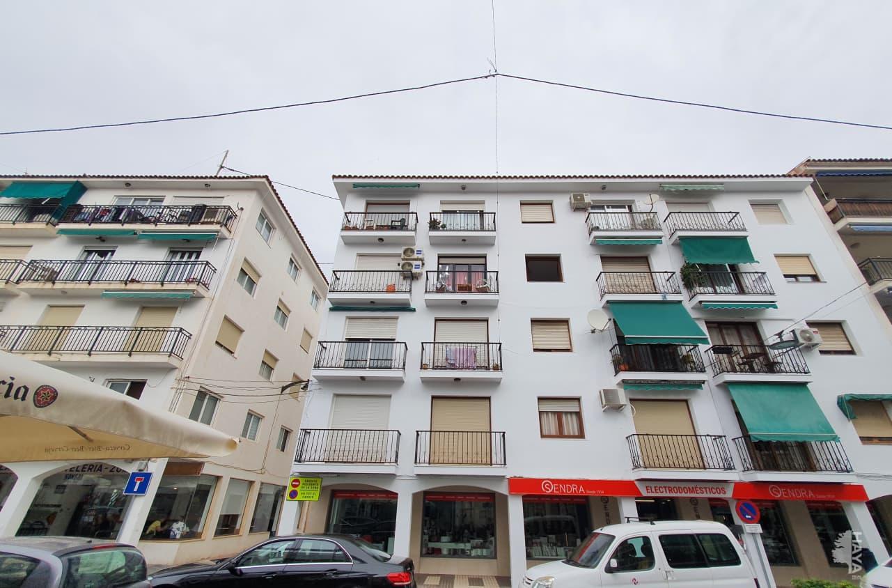 Piso en venta en L`olla, Altea, Alicante, Avenida L`alt Rei en Jaume I, 81.000 €, 3 habitaciones, 1 baño, 75 m2