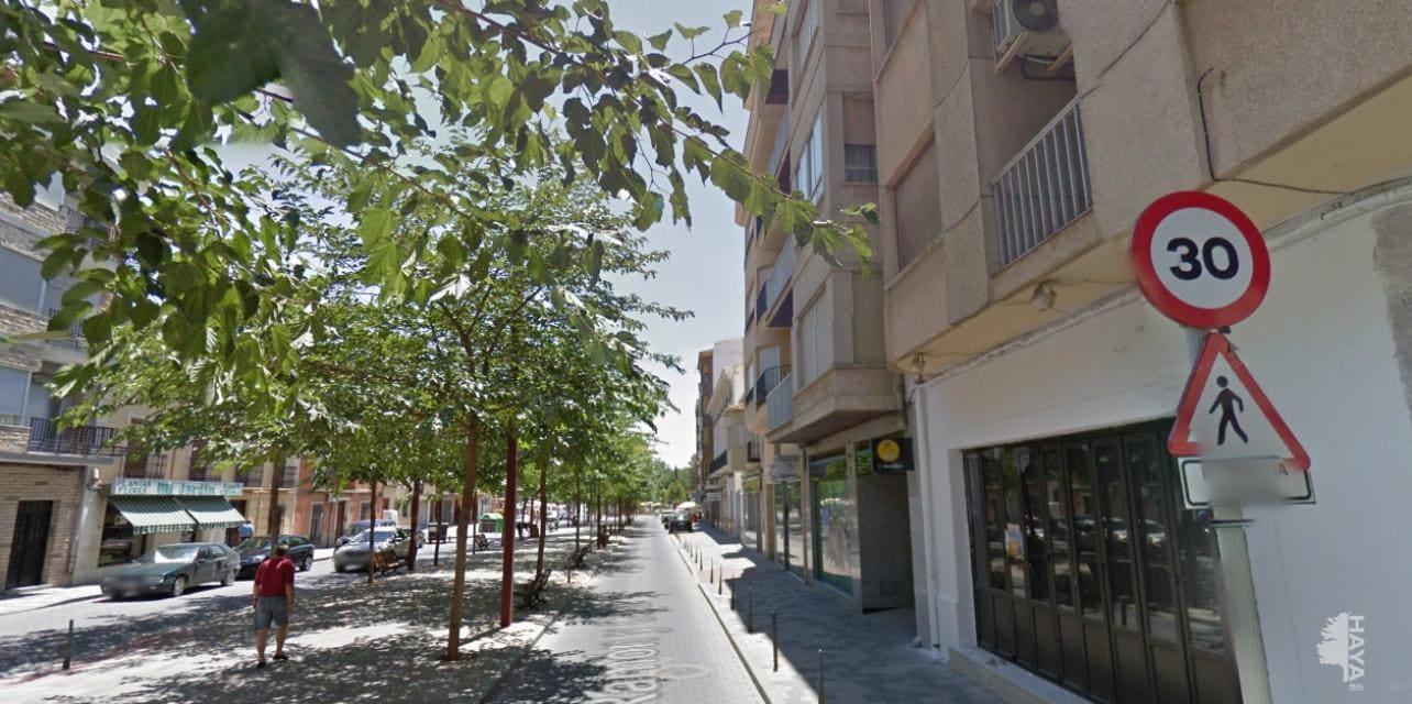 Piso en venta en La Roda, la Roda, Albacete, Avenida Ramon Y Cajal, 64.000 €, 2 habitaciones, 1 baño, 70 m2