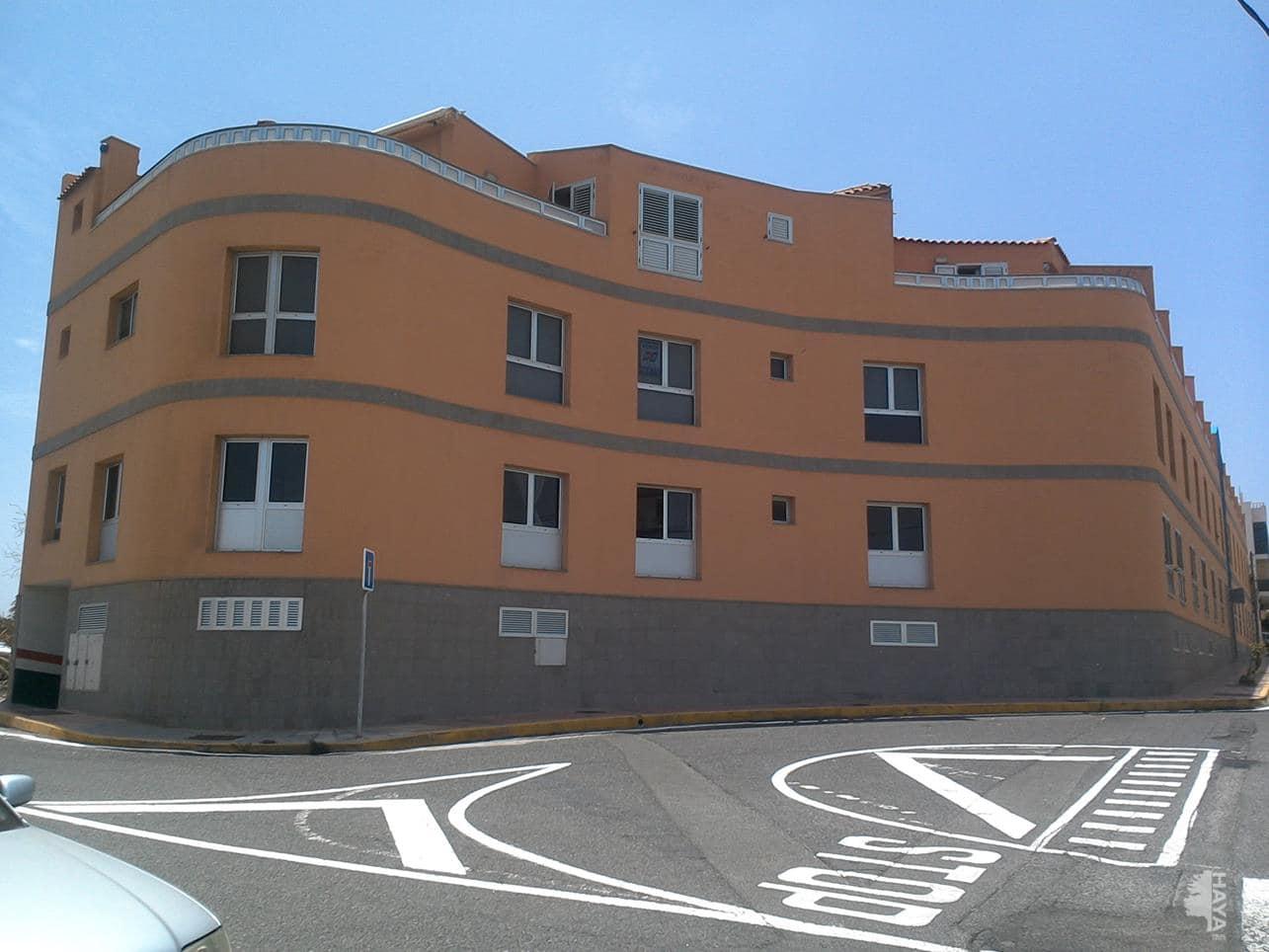 Piso en venta en Telde, Las Palmas, Calle Canovas del Castillo, 79.000 €, 3 habitaciones, 1 baño, 90 m2