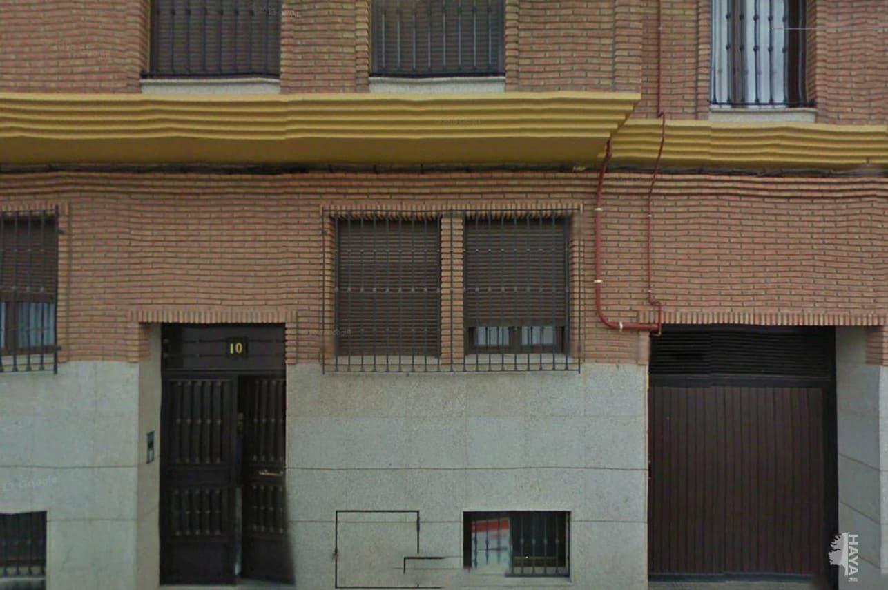 Piso en venta en Villarrobledo, Albacete, Calle Faisan, 99.000 €, 3 habitaciones, 2 baños, 156 m2