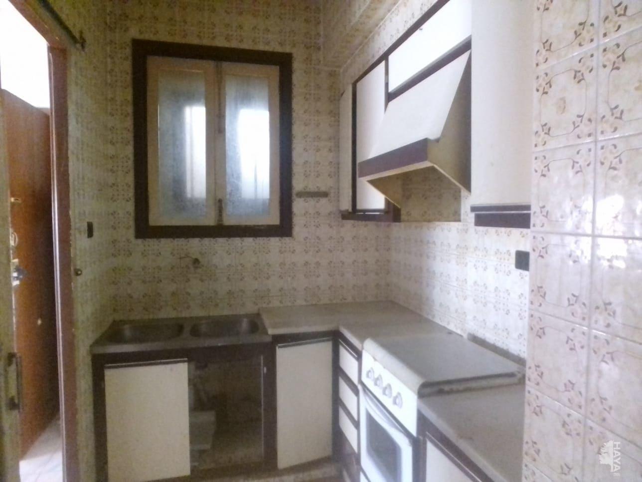 Piso en venta en Piso en Vila-real, Castellón, 28.250 €, 3 habitaciones, 1 baño, 55 m2