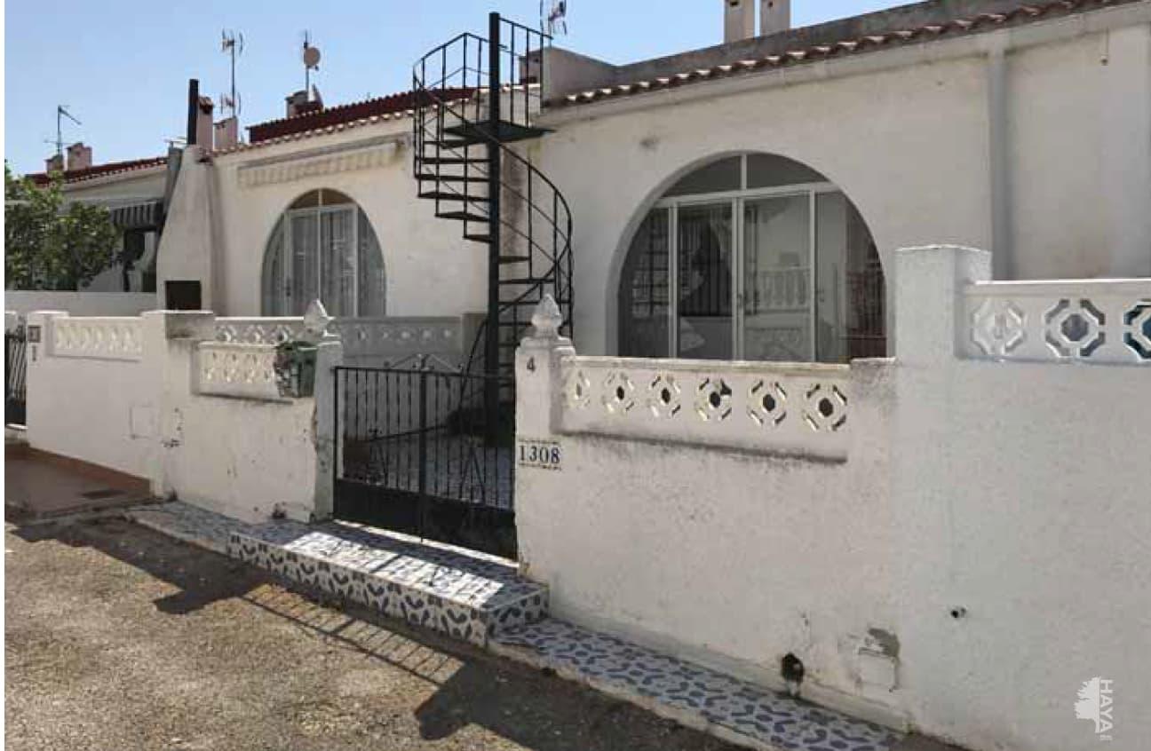 Piso en venta en Torrevieja, Alicante, Avenida Adradas, 86.957 €, 2 habitaciones, 4 baños, 104 m2