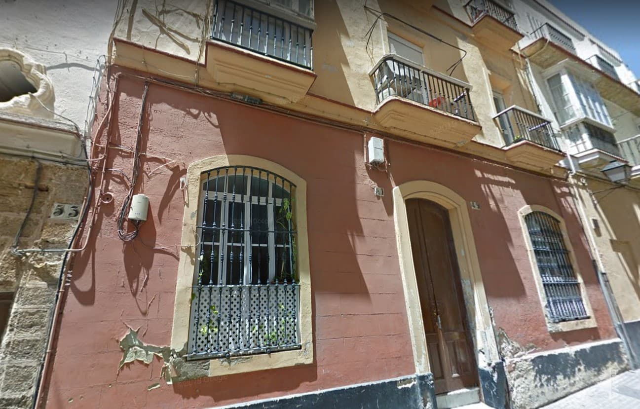 Piso en venta en Cádiz, Cádiz, Cádiz, Calle Sagasta, 99.000 €, 1 habitación, 1 baño, 78 m2