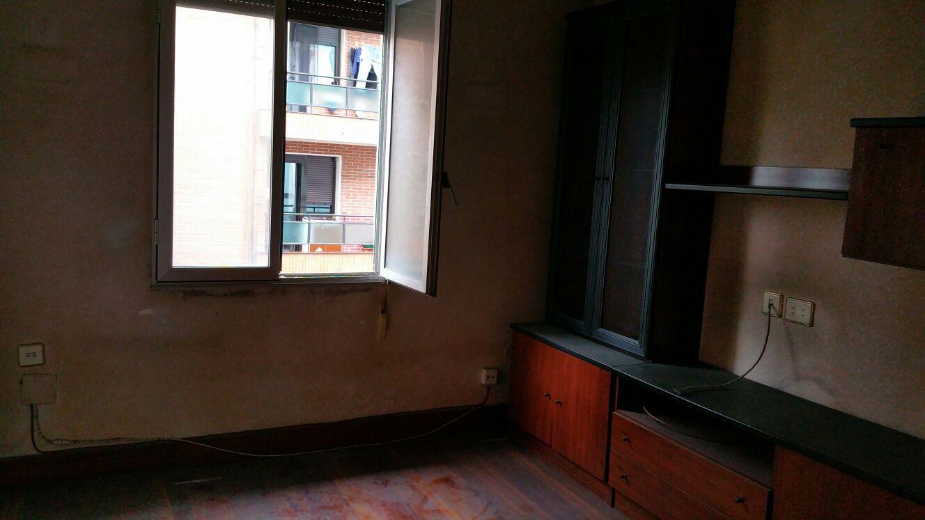 Piso en venta en Basauri, Vizcaya, Calle Aguirre Lehendakaria, 86.000 €, 3 habitaciones, 1 baño, 51 m2