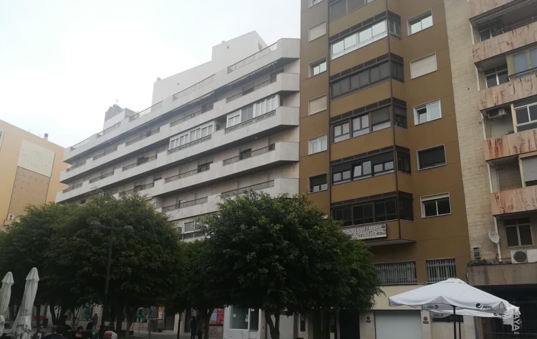 Piso en venta en Oliveros, Almería, Almería, Plaza Marques Heredia, 340.921 €, 4 habitaciones, 2 baños, 143 m2