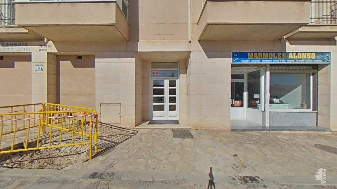 Piso en venta en Sigüenza, Sigüenza, Guadalajara, Avenida Juan Carlos I, 101.100 €, 3 habitaciones, 2 baños, 131 m2