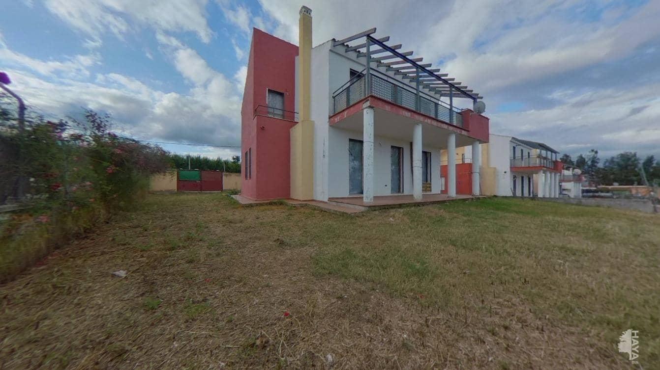 Piso en venta en Barriada  Aguas Santas, Villaverde del Río, Sevilla, Calle los Girasoles, 202.000 €, 4 habitaciones, 3 baños, 177 m2